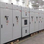 Low voltage automatic power factor correction panels